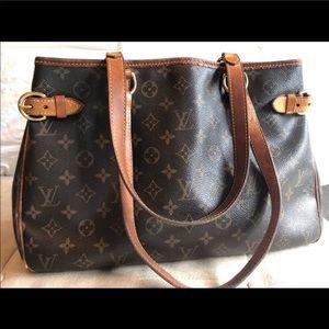 PRICE FIRM Authentic Louis Vuitton Batignolles Bag